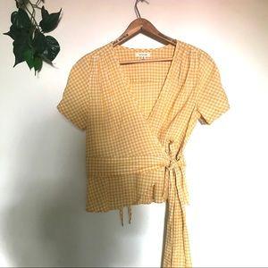 Max studio yellow white gingham front tie Top Sz M